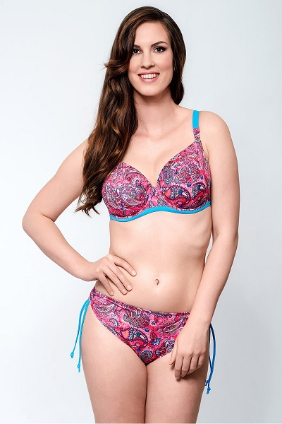 Pestrobarevné dvoudílné dámské plavky pro plné tvary