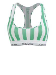 Read more about the article Sportovní pruhovaná podprsenka v bílo-zelené barvě Calvin Klein
