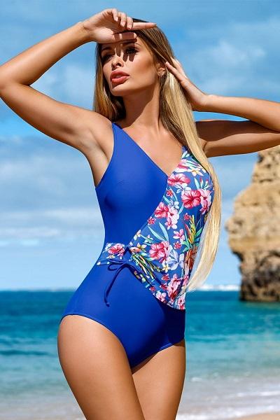Modré jednodílné plavky se vzory květin Carvico