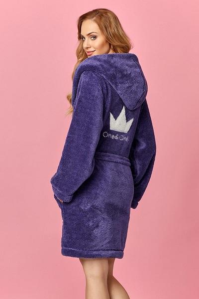 Modrý hřejivý dámský župan s motivem koruny