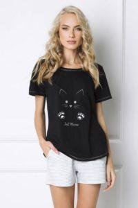 Stylové černobílé dámské pyžamo kočičí žena