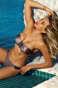 Lesklé dámské dvoudílné plavky s push-up